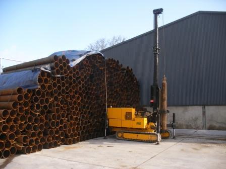 2 tonne bottom driven piling rig