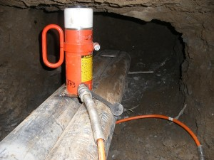 Jacking up foundations